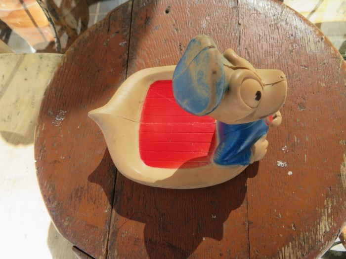 Vintage Donald Duck Soap Dish_e0187362_16510974.jpg