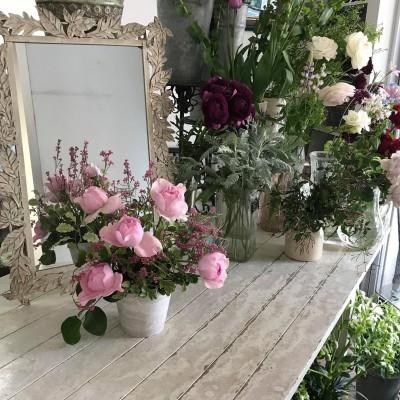 オークリーフ花の教室(藤田さんと川北さんの作品)_f0049672_10083280.jpeg