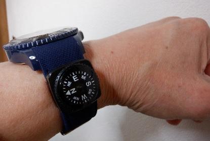 腕時計のコンパス_e0077899_92457.jpg