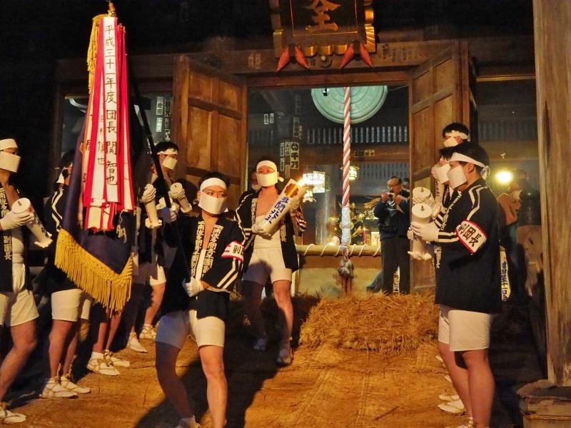 大祭前夜「大ローソク献火式」が行われました_c0336902_21323550.jpg