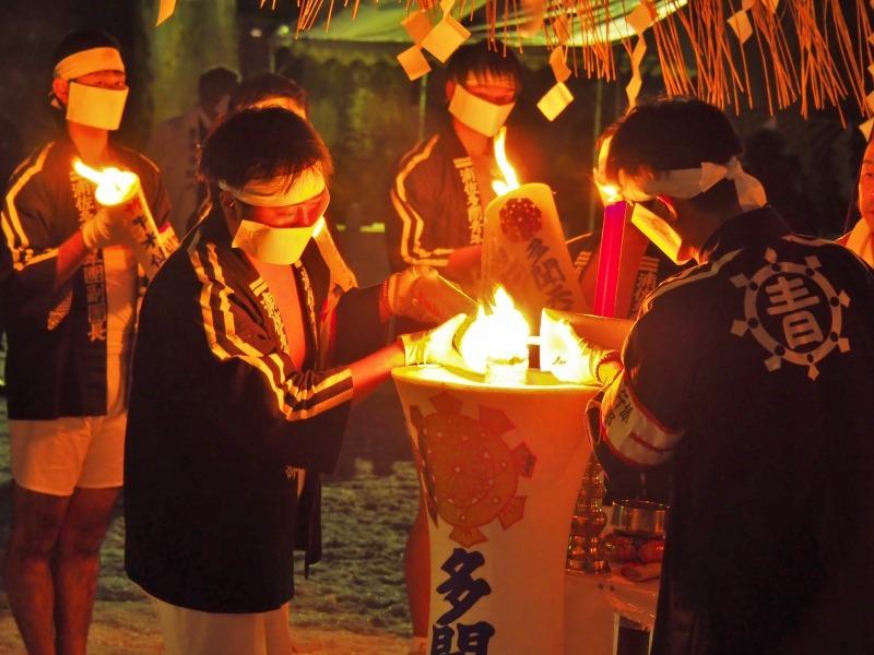 大祭前夜「大ローソク献火式」が行われました_c0336902_21334028.jpg