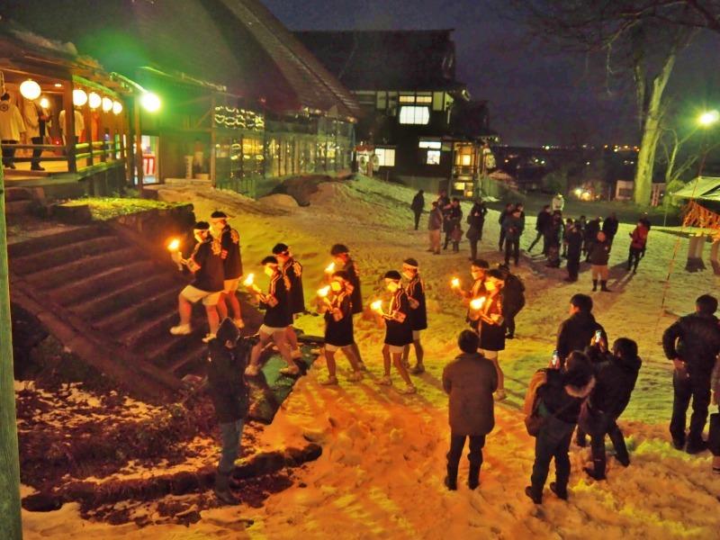 大祭前夜「大ローソク献火式」が行われました_c0336902_21334870.jpg