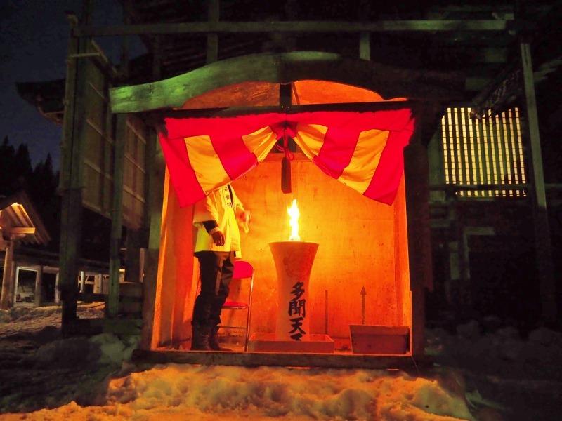 大祭前夜「大ローソク献火式」が行われました_c0336902_21335355.jpg