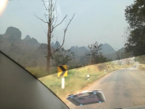 北タイのスモッグの季節を探る_d0159325_12100904.jpg