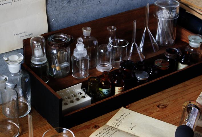 「実験器具」と「セリアDIY」でトキメク♡インテリア_d0351435_07324588.jpg