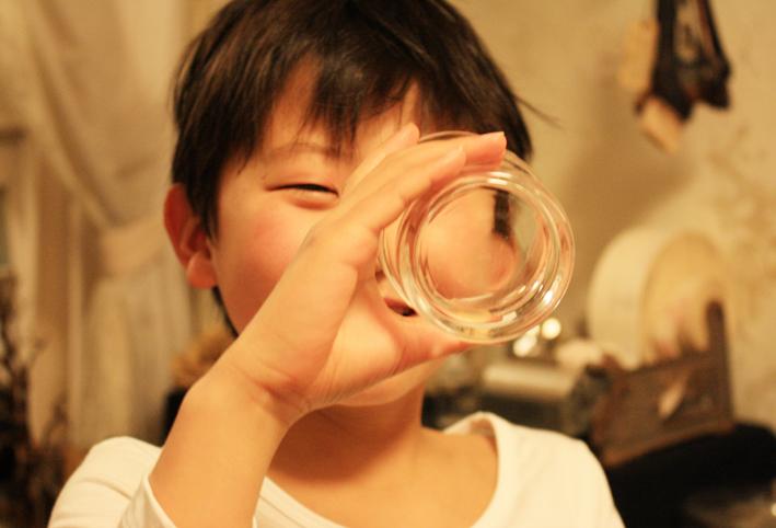 無印良品のスタックグラスで「ゴリラごっこ」_d0351435_09404059.jpg