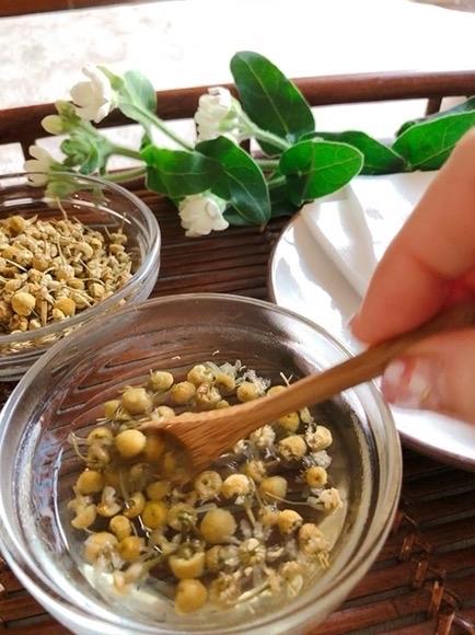 花粉症対策カモミールアイ湿布でまぶたすっきり・サララ 空き状況_f0140145_08545282.jpg