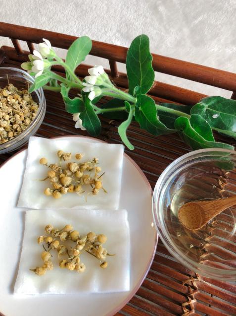 花粉症対策カモミールアイ湿布でまぶたすっきり・サララ 空き状況_f0140145_08545681.jpg