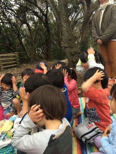 お雛様見学  2、3歳合同活動_b0310894_20355561.jpg