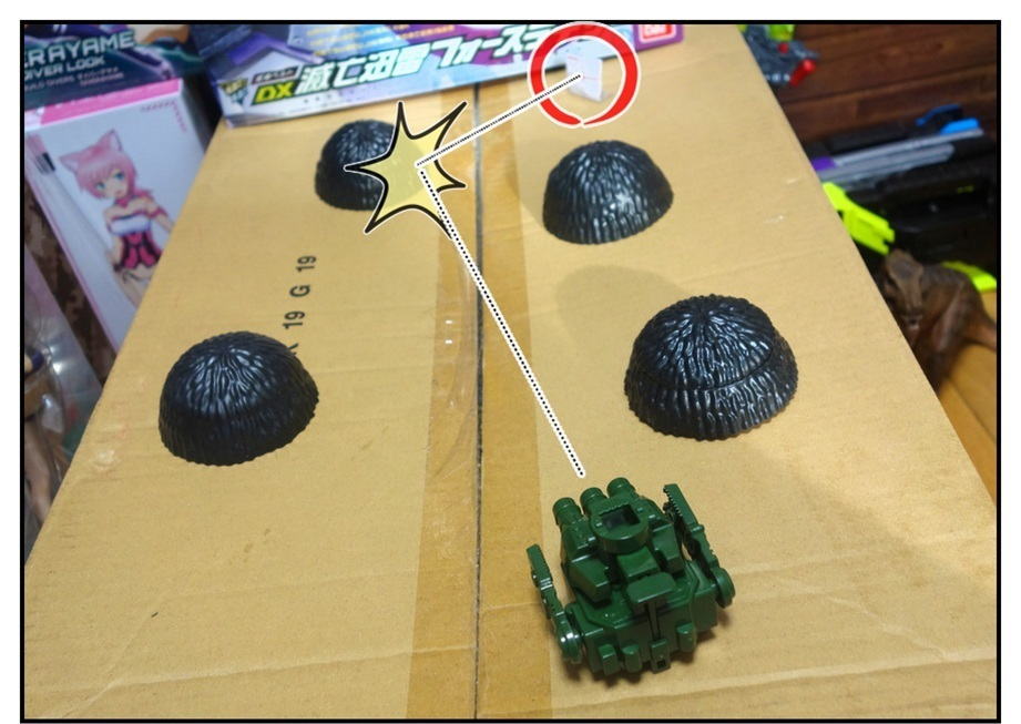ペットボトルのキャップ砲で大人が遊ぶ_f0205396_13254857.jpg