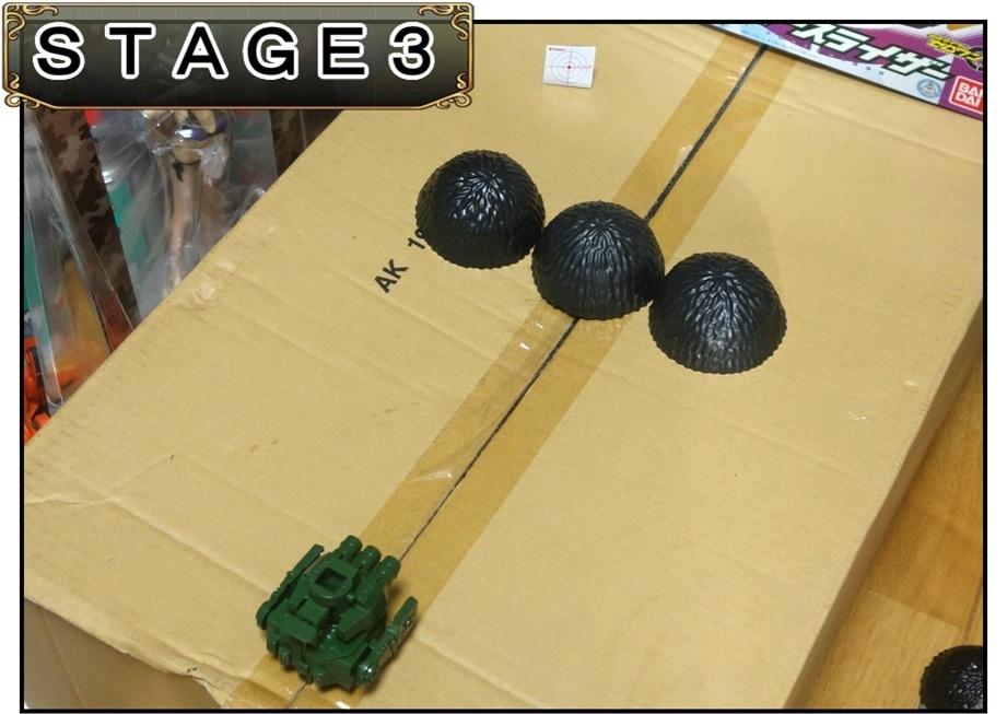 ペットボトルのキャップ砲で大人が遊ぶ_f0205396_13361044.jpg