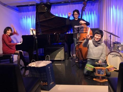 広島 ジャズライブカミン  Jazzlive Comin明日11日水曜日のジャズ来_b0115606_09534778.jpeg