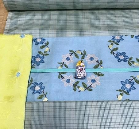 商品紹介・杉村お花帯を格子の大島とアリスコーデ。_f0181251_16492908.jpg