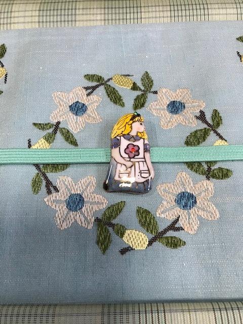 商品紹介・杉村お花帯を格子の大島とアリスコーデ。_f0181251_17081892.jpg