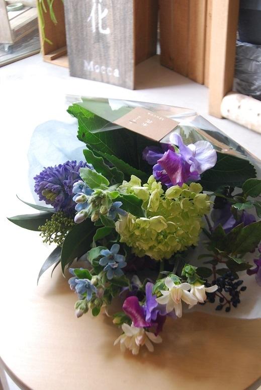 花束のご注文承ります。_a0201358_18304855.jpg