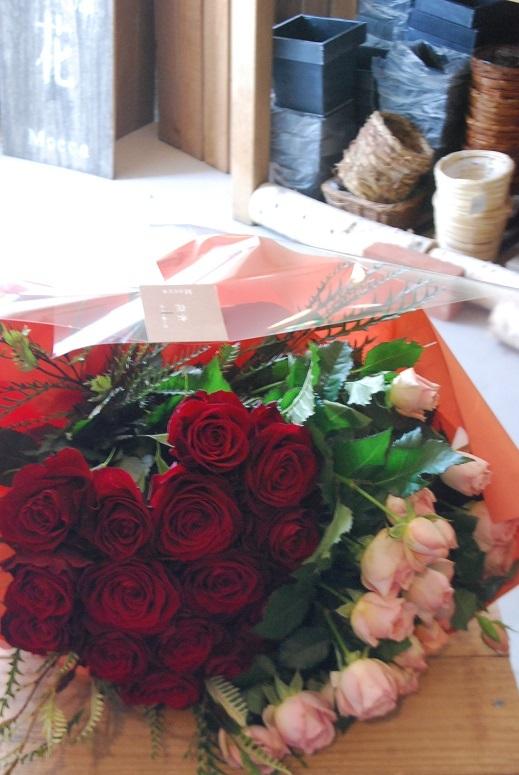 花束のご注文承ります。_a0201358_18310866.jpg