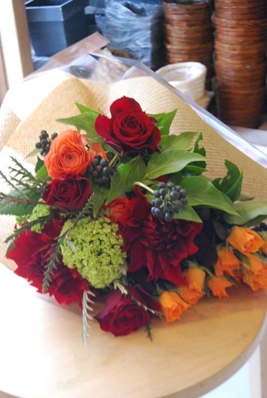 花束のご注文承ります。_a0201358_18314266.jpg