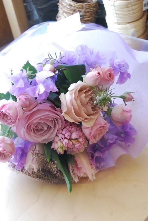 花束のご注文承ります。_a0201358_18323167.jpg