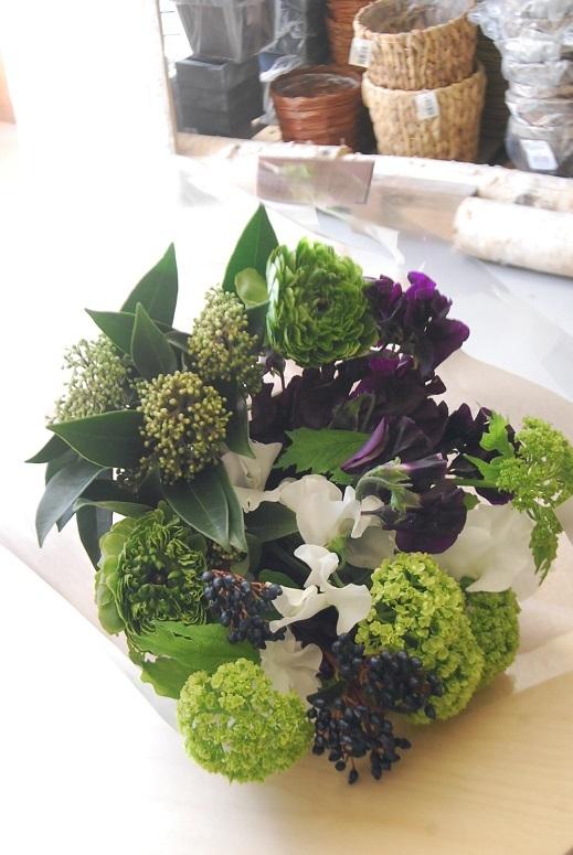 花束のご注文承ります。_a0201358_18472501.jpg