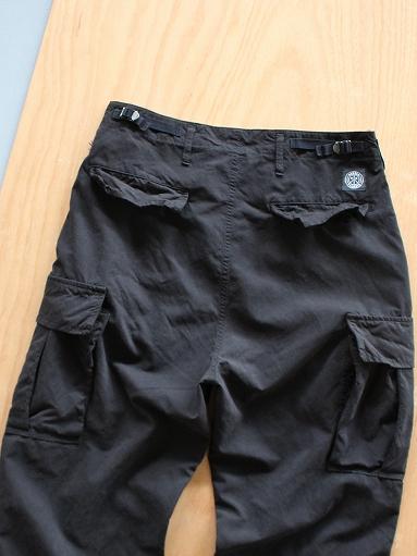 Porter Classic WEATHER CARGO PANTS / BLACK_b0139281_1834307.jpg
