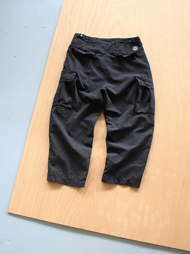 Porter Classic WEATHER CARGO PANTS / BLACK_b0139281_1835587.jpg