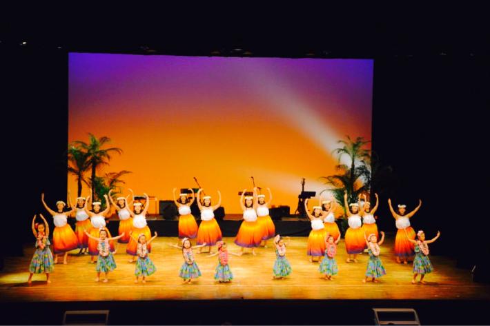 【イベント報告】2/23慶應義塾大学フラサークルPili Aloha/オリジナル単独公演にゲスト出演したキッズフラダンサーズに、はなまる!♡_e0397681_09003973.jpg