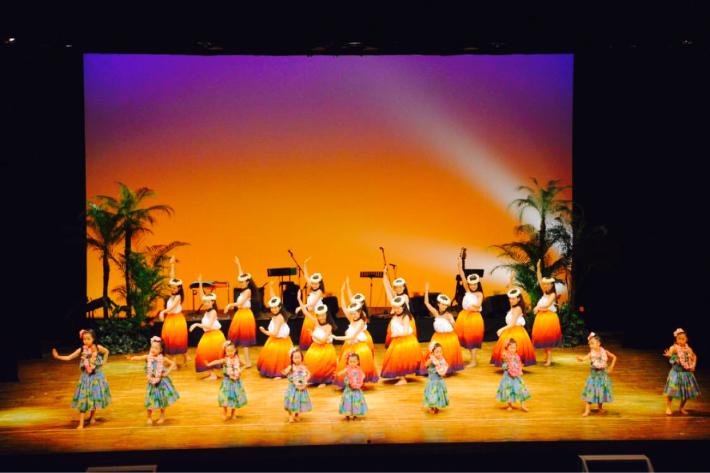 【イベント報告】2/23慶應義塾大学フラサークルPili Aloha/オリジナル単独公演にゲスト出演したキッズフラダンサーズに、はなまる!♡_e0397681_09004075.jpg