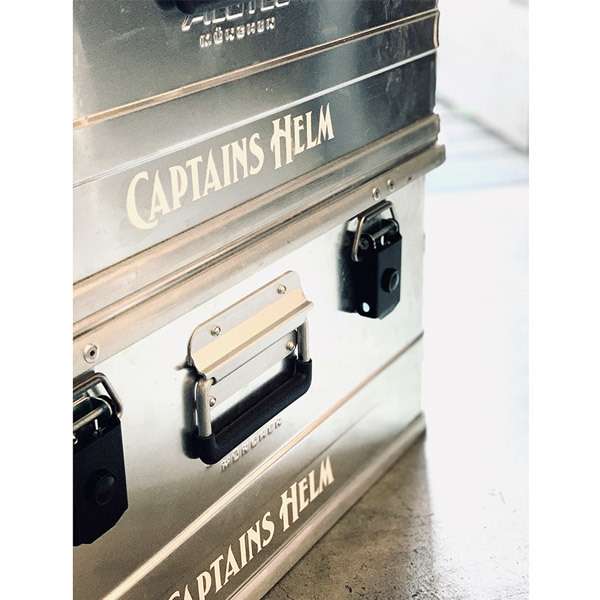 【DELIVERY】 CAPTAINS HELM - #CUTTING LOGO STICKER SET_a0076701_17504804.jpg