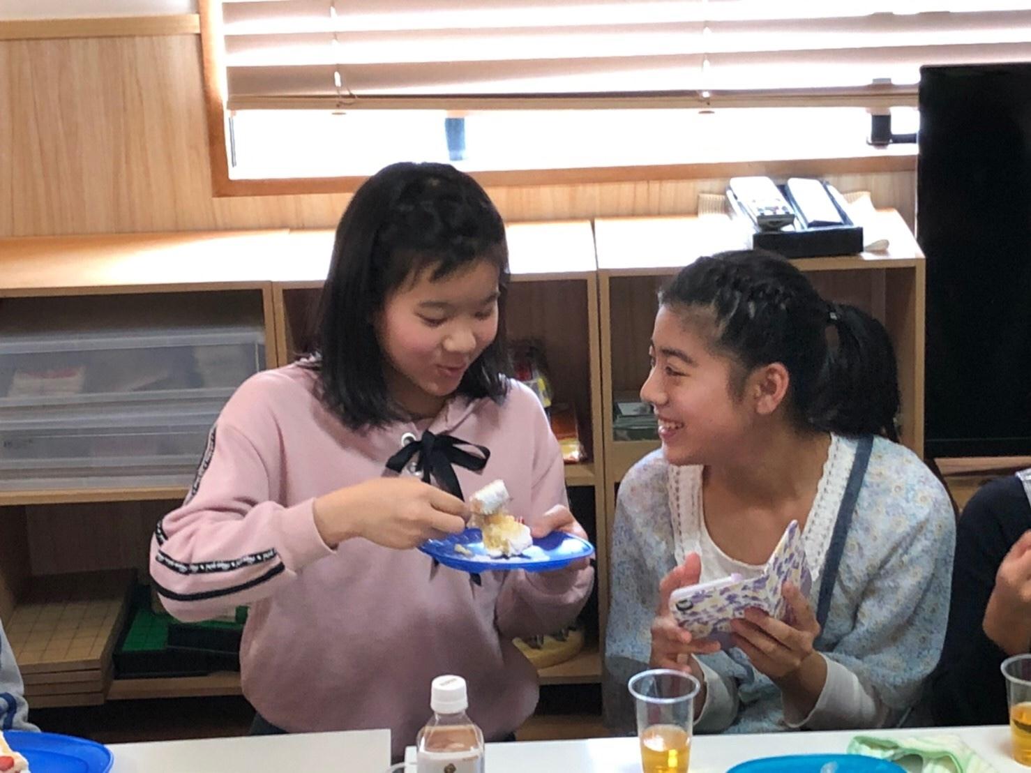 2020、6年生の卒業を祝う会~_e0131910_23465591.jpg