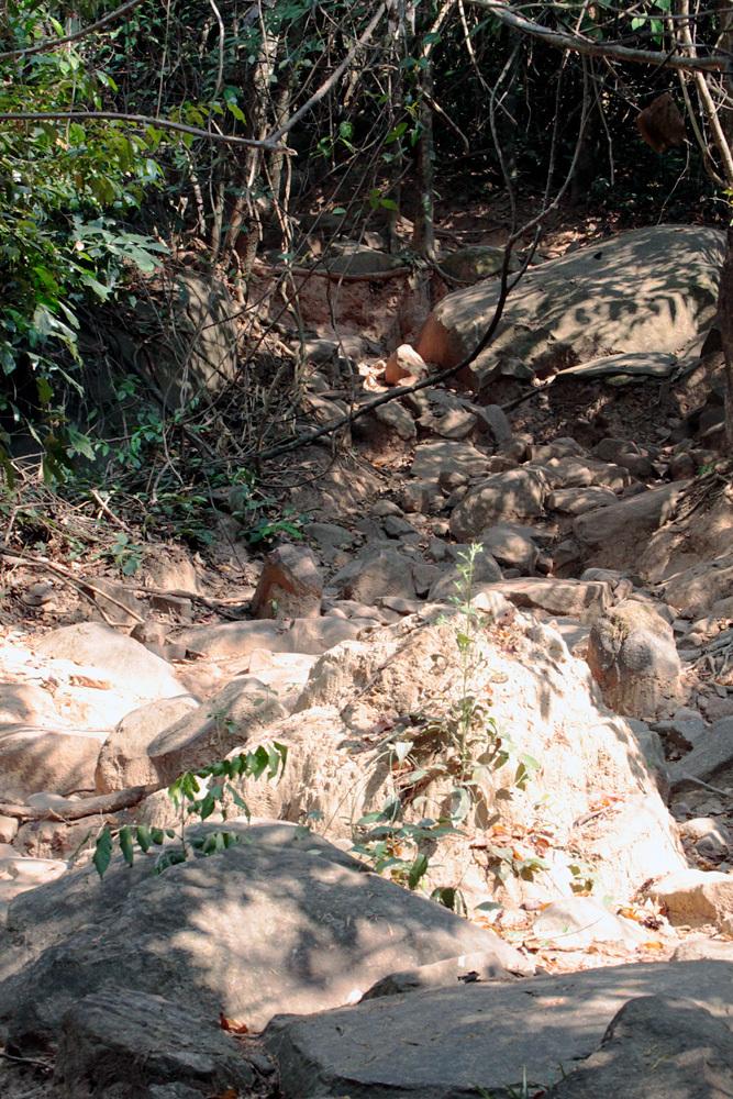 クバルスピアン3, Kbal Spean 源流へ -Siem Reap-2012-_d0011713_00351709.jpg