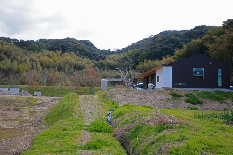 ただ今進行中「糸島の家」の完成が近づきました!_e0029115_19483616.jpg