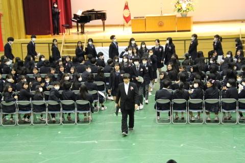第72回卒業証書授与式を実施しました。_e0040315_11412018.jpg