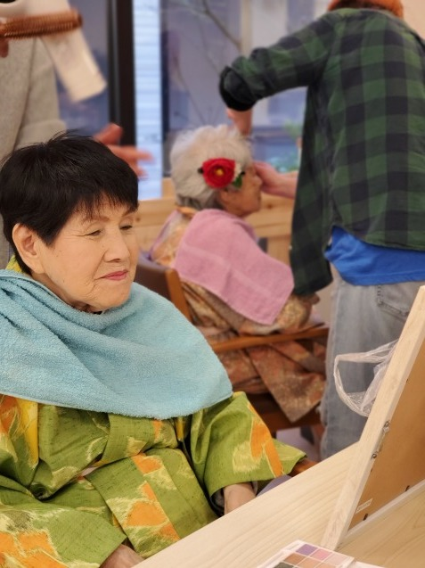 介護施設でひな祭りイベントヘアメイク☆訪問美容髪んぐ_f0277245_11413227.jpg