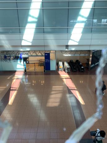 羽田空港人少ない!_a0077071_13114510.jpg