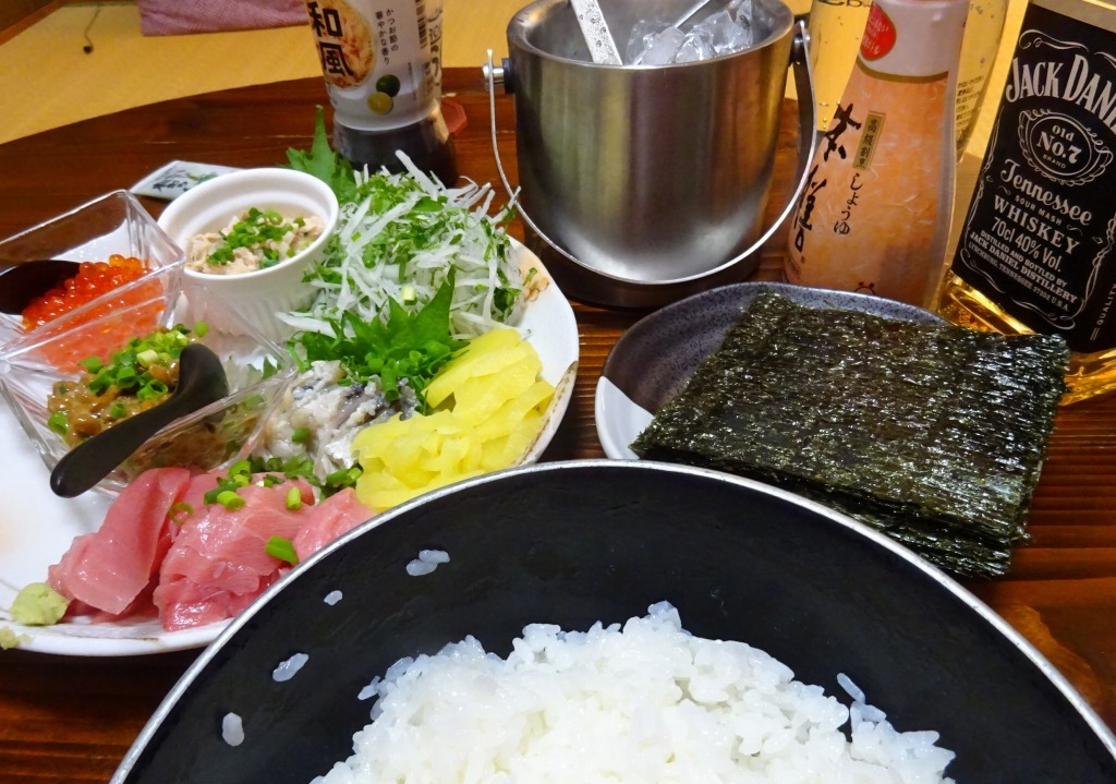 アメリカカブレかもろ日本人か分からぬ食卓 100 手巻き寿司_d0061678_15063474.jpg