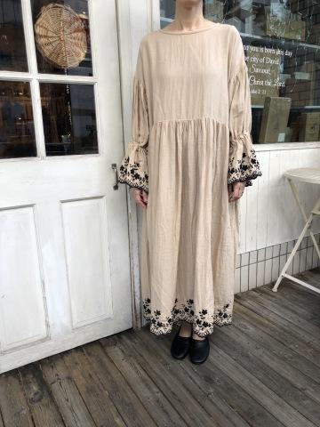 MIFUMI *お洋服展_f0130593_19251120.jpeg