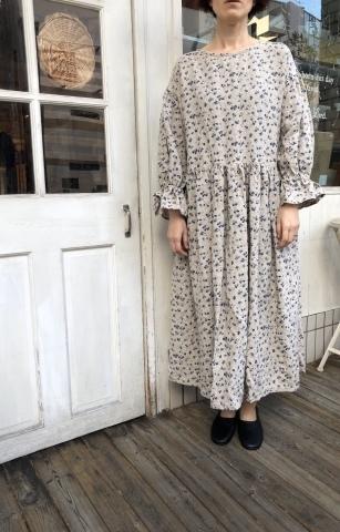 MIFUMI*お洋服展 布地_f0130593_22593796.jpeg