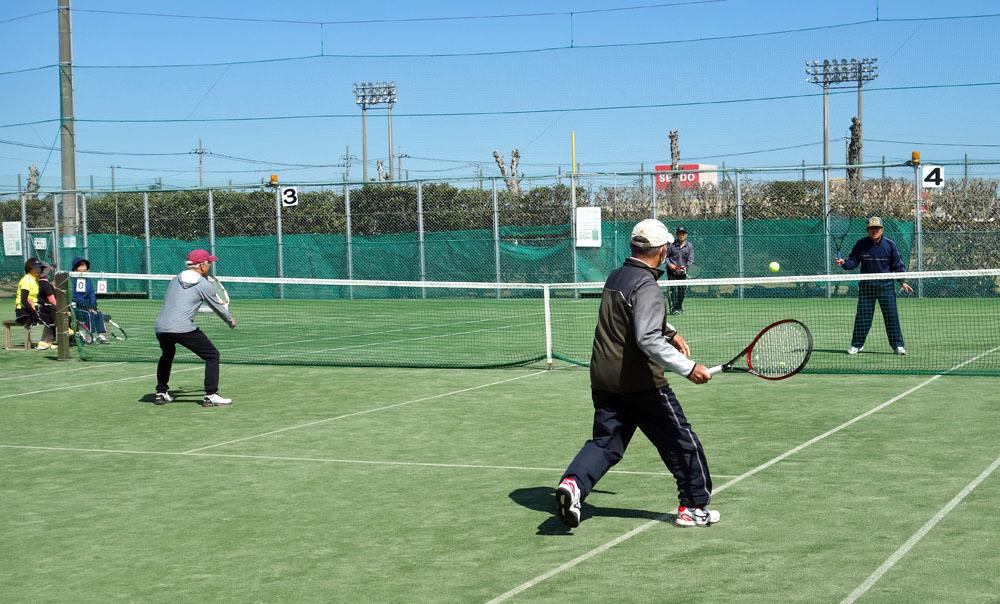 シニアテニスクラブの総会は中止に_b0114798_16071670.jpg