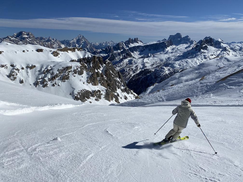 """2020年2月『イタリア・ドロミテ・スキー その1』 February 2020 \""""Skin in Dolomiti, Italia\""""_c0219616_18095431.jpg"""