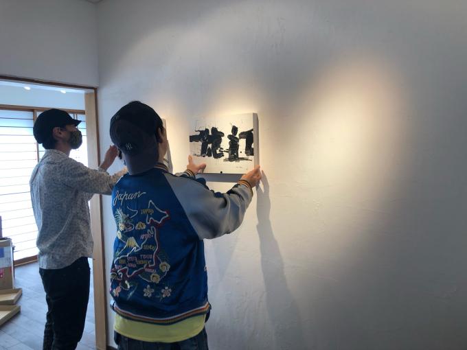 桐健二・桐洋生展 -記憶の音と色- 準備が整いました_d0347031_19112934.jpg