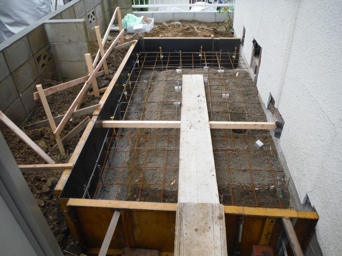 駐車場、屋根、玄関、室内 ~ 玄関増築。_d0165368_04402013.jpg