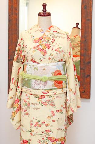 桜の中に☆_d0154601_16565713.jpg