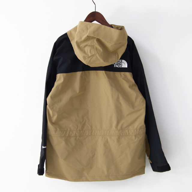 THE NORTH FACE [ザ ノースフェイス正規販売店] Mountain Light Jacket [NP11834] マウンテンライトジャケット MEN\'S _f0051306_18353236.jpg