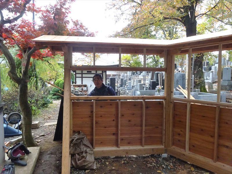 お寺の塀の建て替え工事 進行中。_f0105112_04373515.jpg