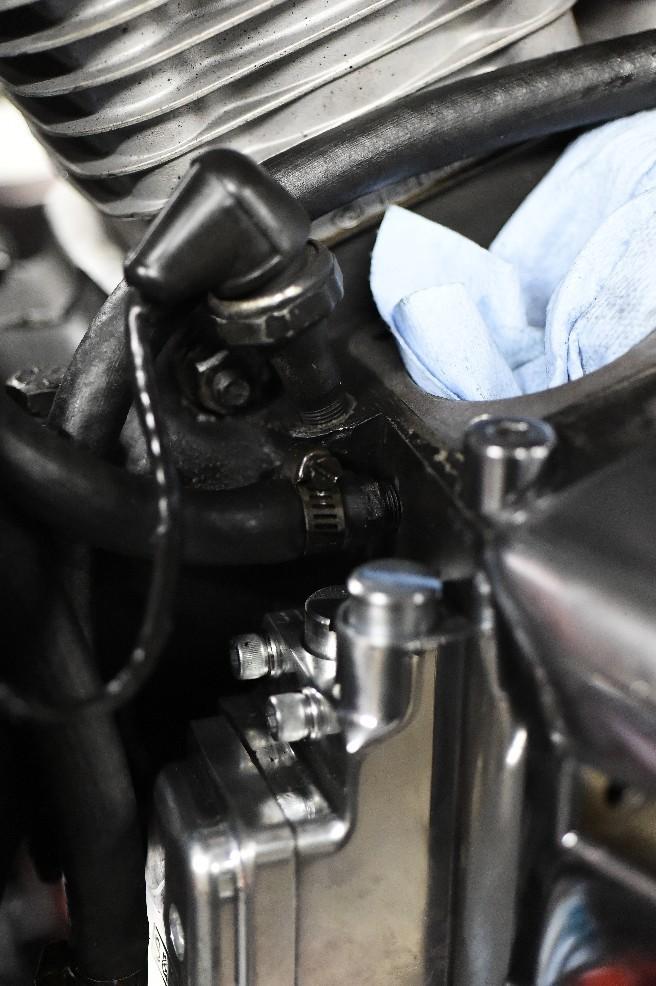 今日は新規さんの修理..._a0159215_21203752.jpg