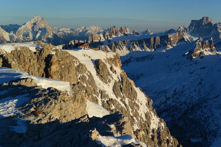 """2020年2月『イタリア・ドロミテ・スキー その2: Enrosadira』 February 2020 \"""" Dolomiti Ski: Enrosadira\""""_c0219616_07175080.jpg"""