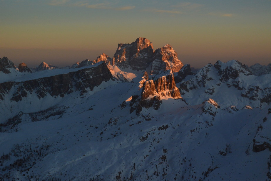 """2020年2月『イタリア・ドロミテ・スキー その2: Enrosadira』 February 2020 \"""" Dolomiti Ski: Enrosadira\""""_c0219616_07175182.jpg"""