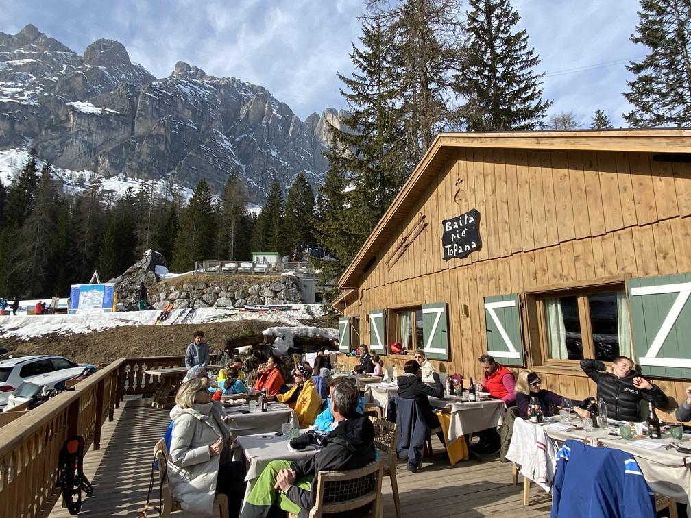 """2020年2月『イタリア・ドロミテスキー その3:食事編』 February 2020 \""""Dolomiti Ski: Food and Wine\""""_c0219616_11094689.jpg"""