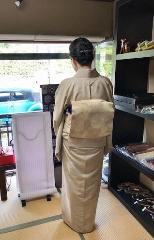 山本由季さんの春らしいお花の着物と桜の帯のお客様。_f0181251_18105755.jpg