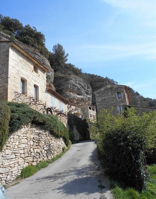 岩の中の小さな村 ル・ボーセ【le Beaucet】_d0153860_18162893.jpg